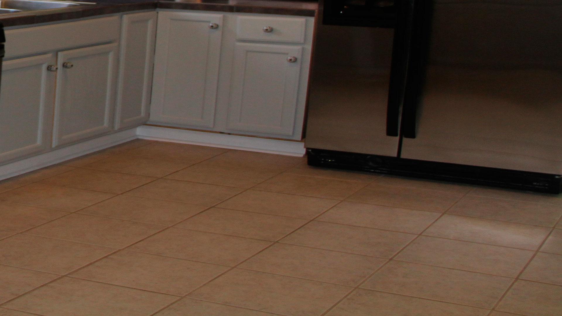 Cambiar las baldosas del suelo for Cambiar baldosas bano