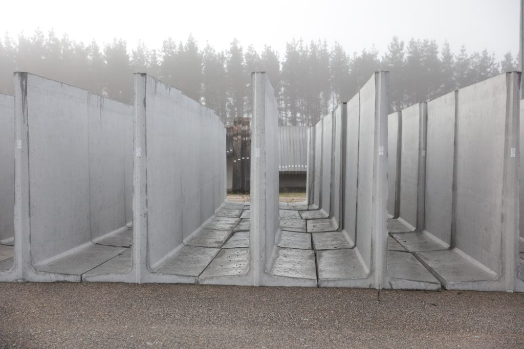 Muros prefabricados de hormig n bloques cando - Muros de hormigon ...