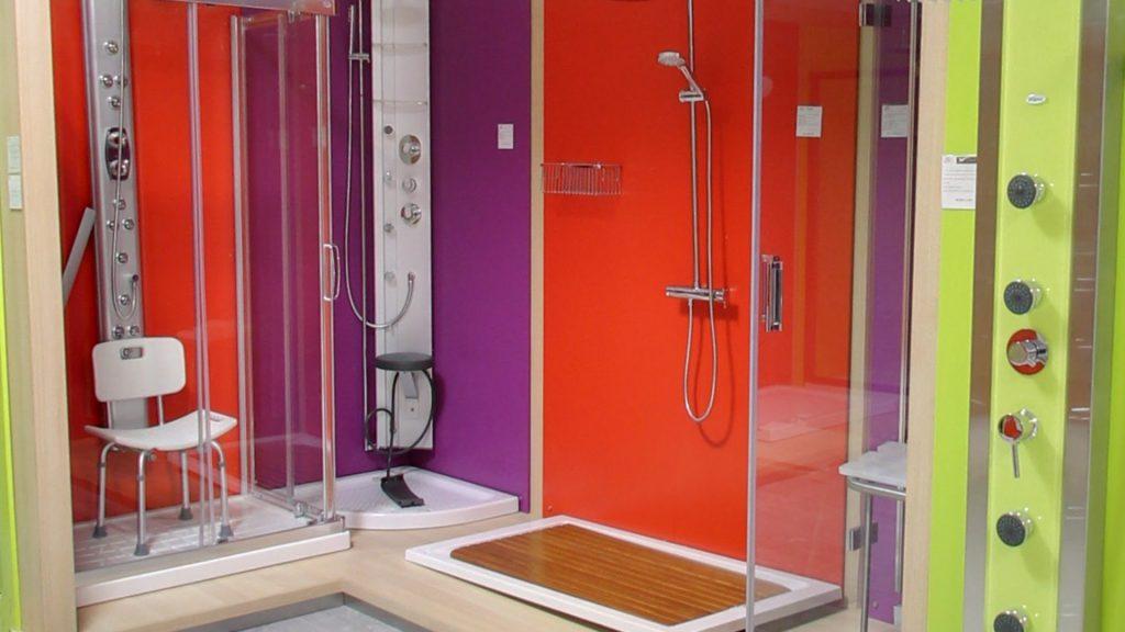 Platos de ducha con el desag e oculto for Accesorios para platos de ducha