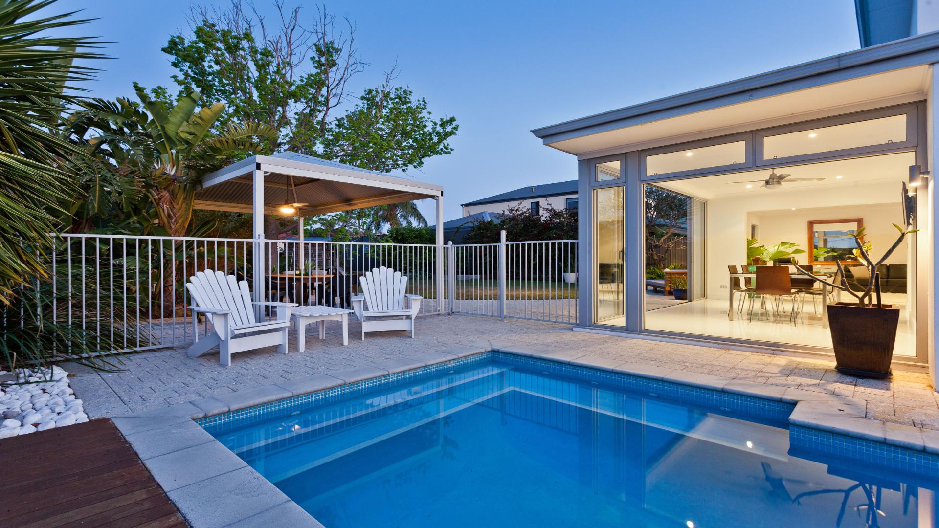 Mantenimiento de una piscina for Mantenimiento de la piscina