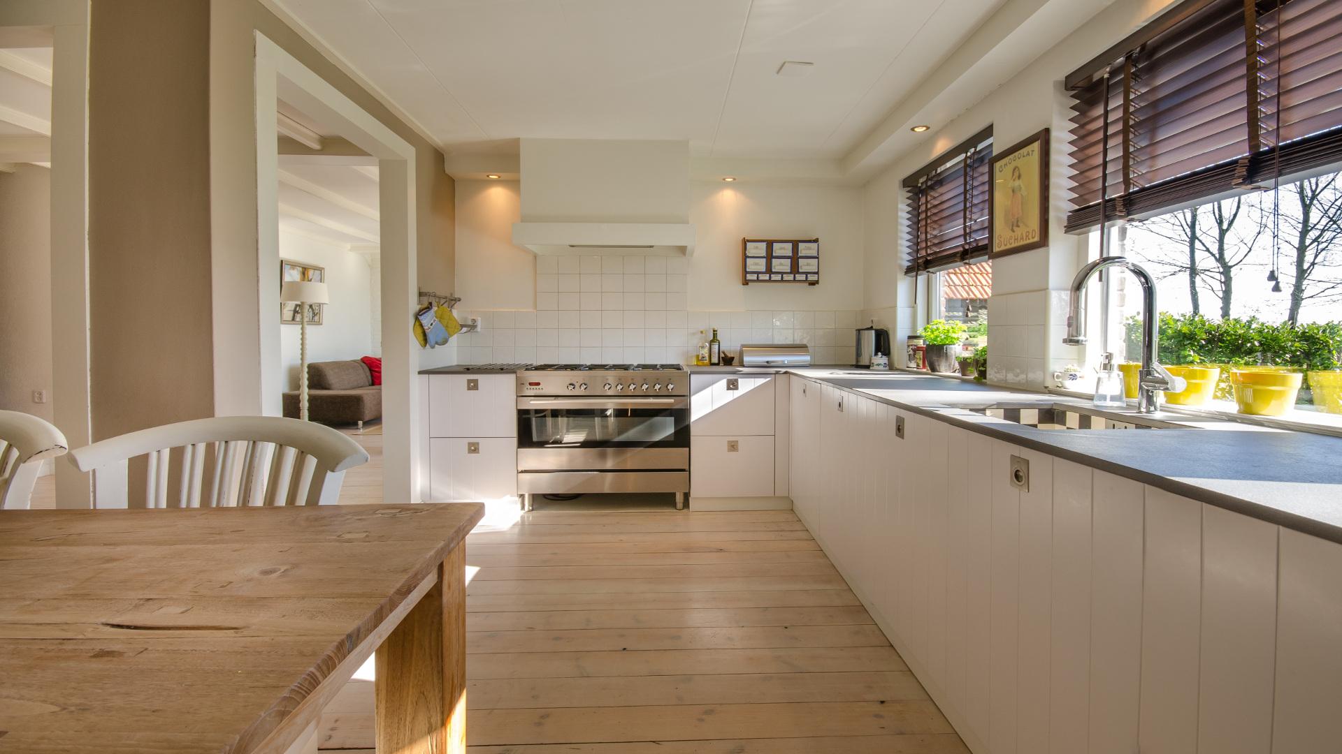 Qué sería de la cocina sin una mesa?