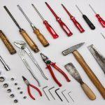 En todas las casas deberia haber una caja de herramientas basica1920