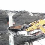 En la demolición de un edificio hay que respetar siempre las medidas de seguridad 1920